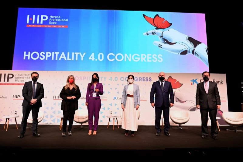 Isabel Díaz Ayuso inaugura HIP defendiendo la seguridad de la hostelería