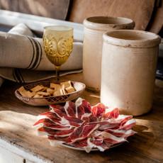 Navarretinto pone en valor la calidad de su jamón de la mano de Florencio Sanchidrián